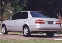Paralama Dianteiro Direito p/ Toyota Corolla 98 até 02