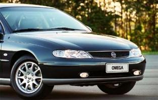 Capô Dianteiro p/ GM Omega Australiano 99 00 01